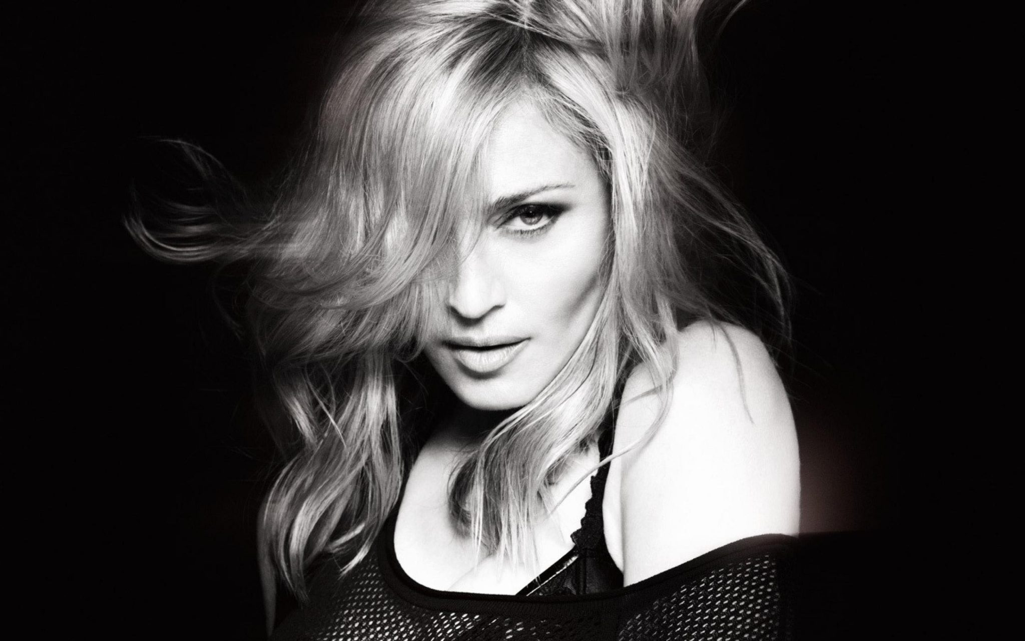 Madonna-in-Black-and-White-Pictures. Мадона, Madona